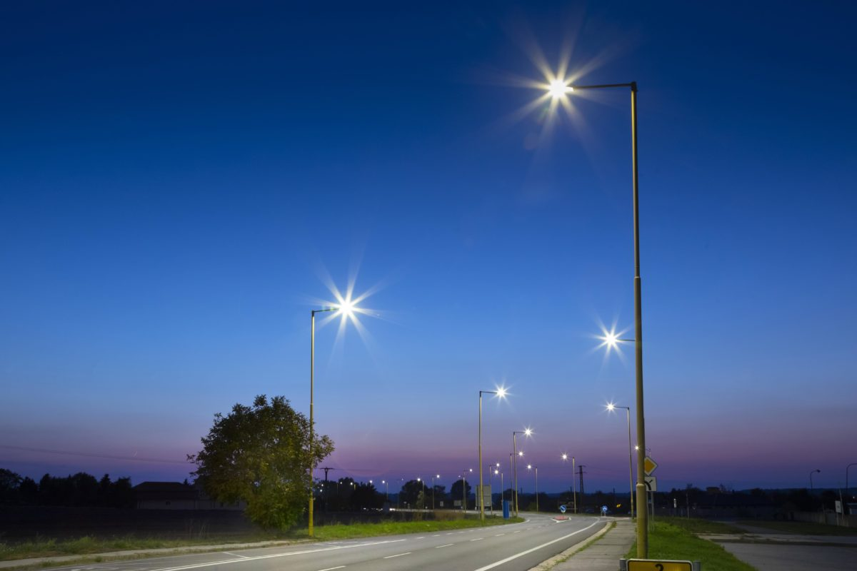 Streetlights Bring A Bright Future For Smart Cities Nnnco